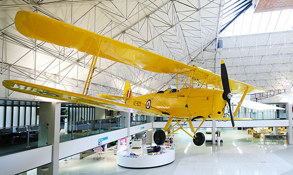 De-Havilland-D.H.82A-Tiger-Moth-Mk.II_AFMWeb