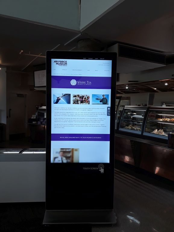 Army Museum Touch Screen Wahine Toa web
