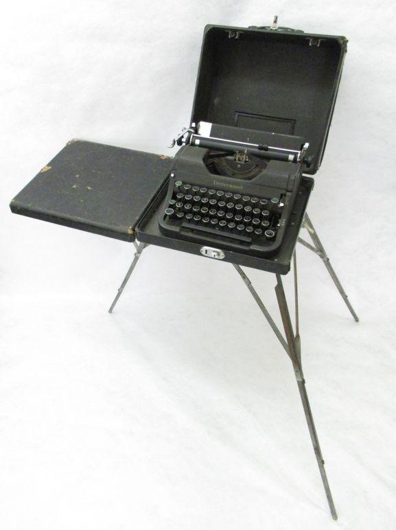1996-058.1_p4_Underwood typewriter