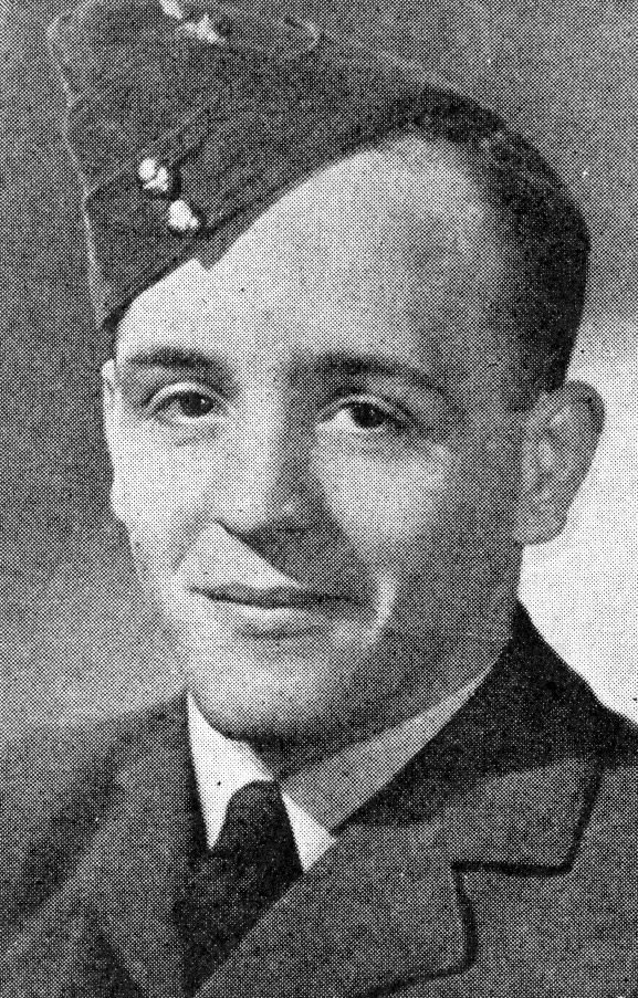 Portrait of Pilot Officer R.T. Kean DFC, from The Weekly News issue 28 August 1940, page 35.