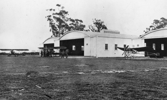 Canterbury (NZ) Aviation Company staff and aircraft, Sockburn, 1917. From the collection of the Air Force Museum of New Zealand.