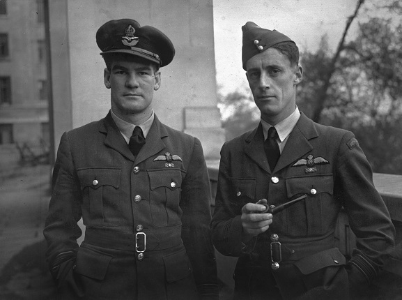 Kiwi fighter aces Al Deere (left) and Colin Gray, both of whom fought in the Battle of Britain.