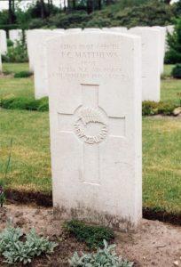 CWGC headstone of P/O F.C. Matthews, Bergen-op-Zoom War Cemetery