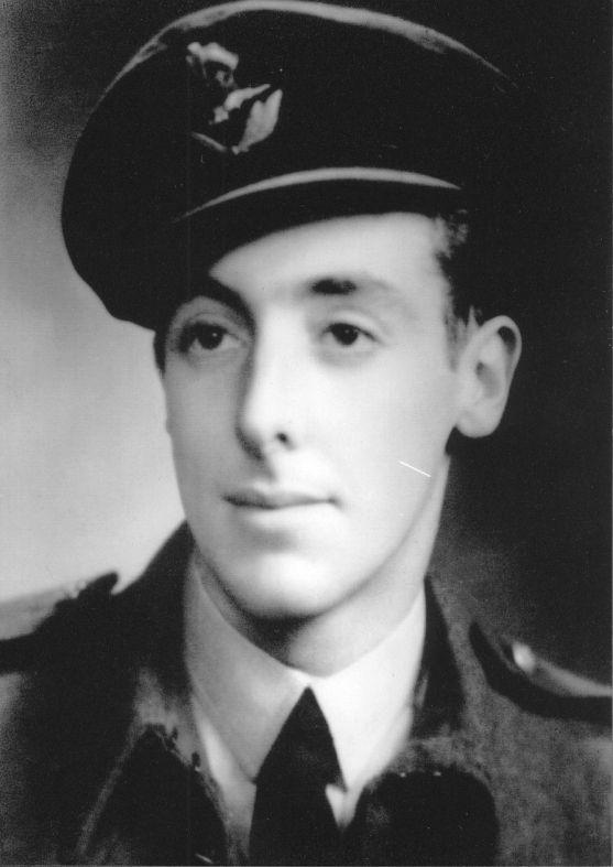 Portrait of NZ4211615 Pilot Officer Francis Charles Matthews